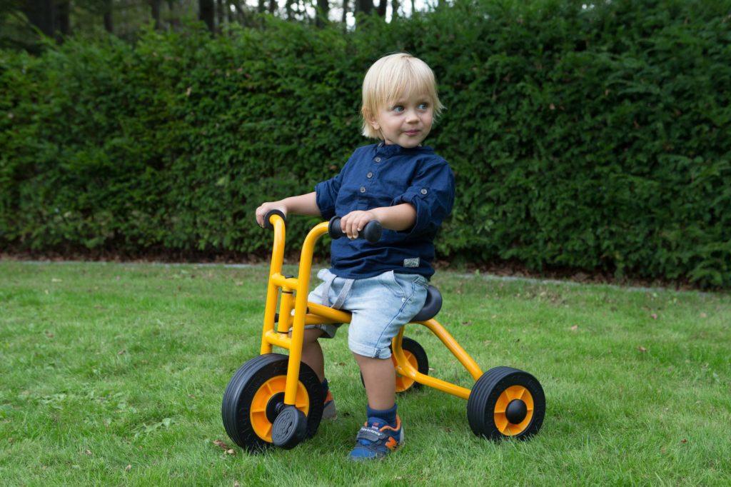 RABO Kleines Dreirad 5