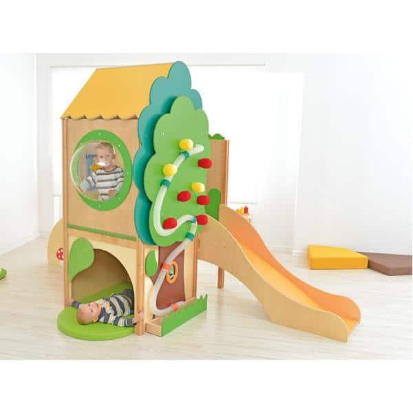 Kindergarten-Baumhaus mit Rutsche 2