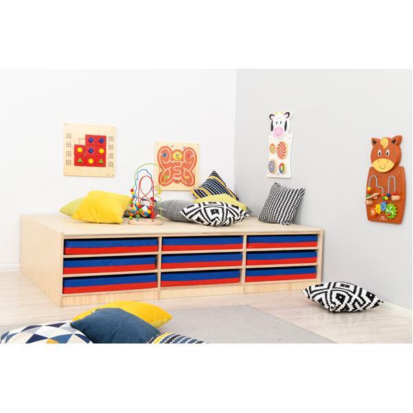 Kindergarten-Podest mit Mattenfächern - Linoleum beige 2