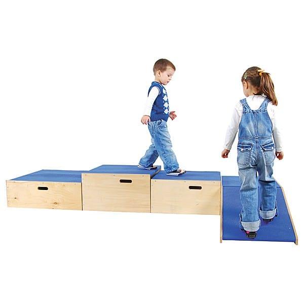 Kindergarten-Podest Quadratbühne 3
