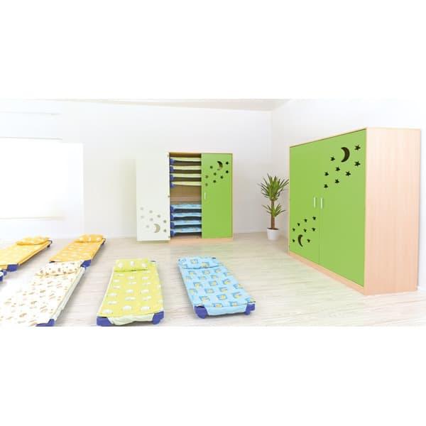 Schrank für Kindergartenbetten 501001 - Türen grün - lackiert 11