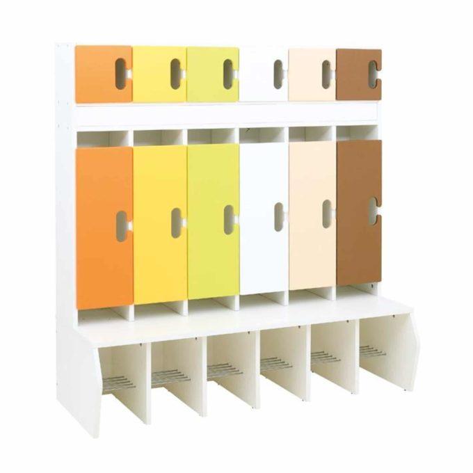 Kindergarten-Garderobe Grün-Braun-Töne - Chamäleon 6 - Weiß mit Türen 1