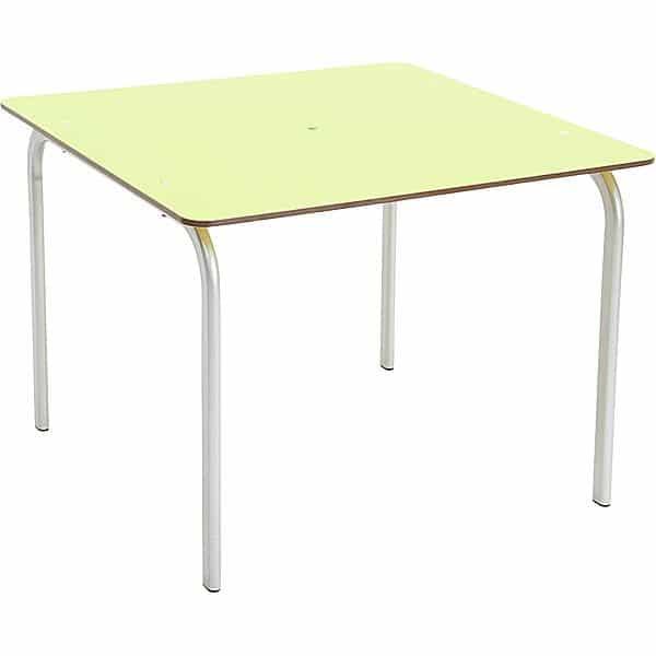 Allwetter-Tisch 1