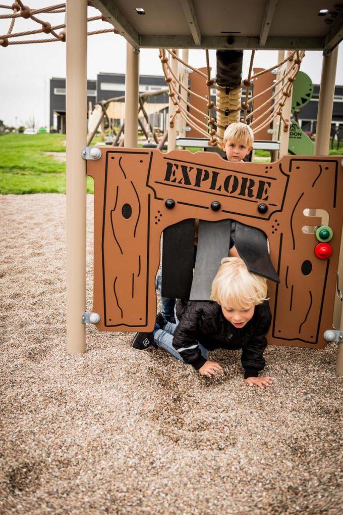 Spielturm Roka - inkl. Rutsche & Kletterwand - LEDON Explore - EX140 7