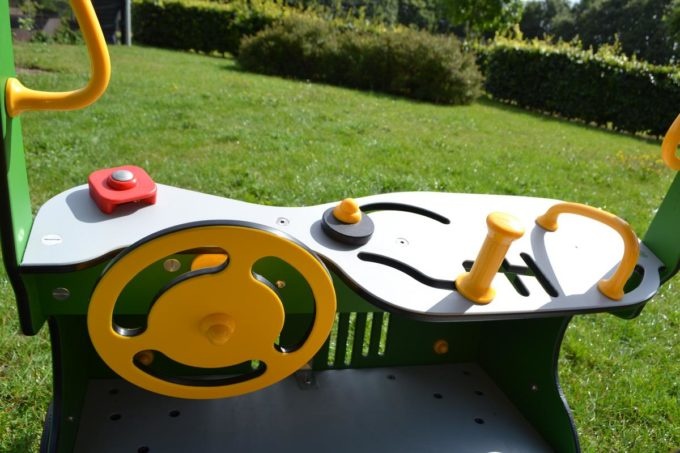 Spielhaus Traktor in Grün - LEDON Originals - 1712-13 8