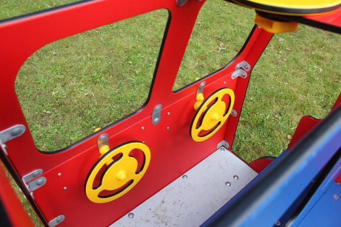 Spielhaus Feuerwehrauto auf Federn - LEDON Originals - 1701-02 9