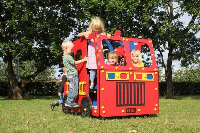 Spielhaus Feuerwehrauto - LEDON Originals - 1700 8