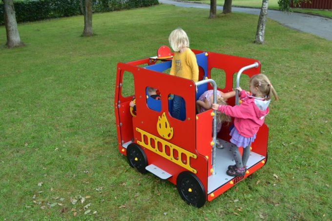 Spielhaus Feuerwehrauto - LEDON Originals - 1700 5