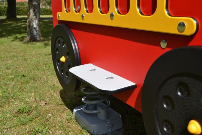 Spielhaus Feuerwehrauto auf Federn - LEDON Originals - 1701-02 5