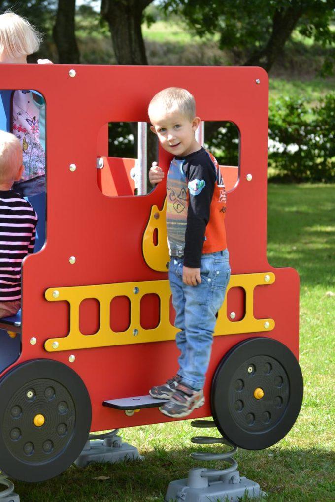 Spielhaus Feuerwehrauto auf Federn - LEDON Originals - 1701-02 8