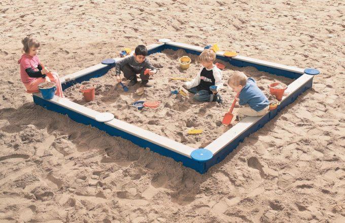 LEDON Sandkasten quadratisch mit 8 Seiten - verschiedene Ausführungen 3