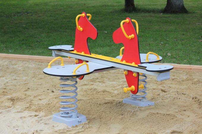Federwippe Pony für 4 Kinder - LEDON Originals 4