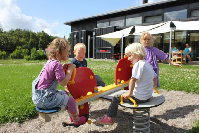 Federwippe Elefant für 4 Kinder - LEDON Originals 9