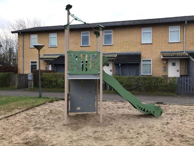 Spielturm Roka - inkl. Rutsche & Kletterwand - LEDON Explore - EX140 3
