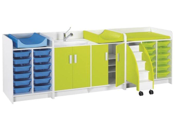 Wickelkommode Kazeo - Breite: 70 cm - 6 Regalböden und 2 Türen mit Rollrädern 4