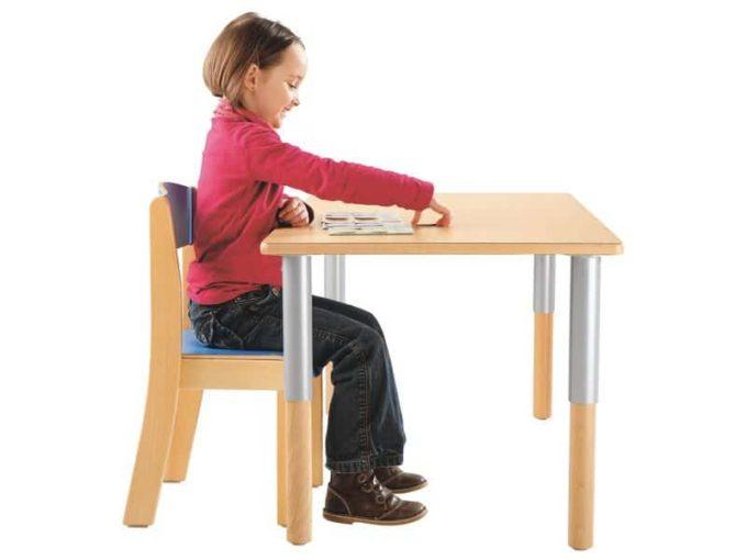 Verstellbarer Tisch rechteckig 50x60 cm - mit beschichteter Platte 6