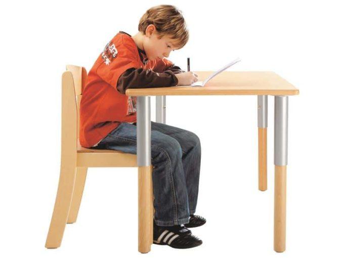 Verstellbarer Tisch rechteckig 50x60 cm - mit beschichteter Platte 7