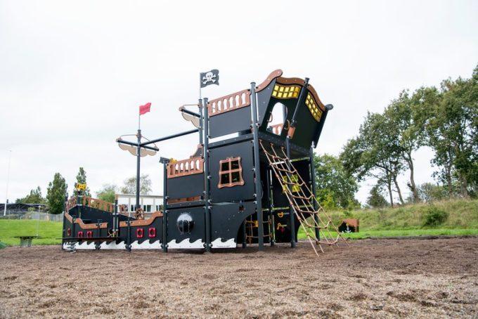 Riesiges Piratenschiff aus der Serie LEDON Pirates - in verschiedenen Ausführungen 8