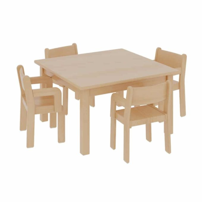 Quadrattisch mit 4 TIM-Armlehnenstühlen 1