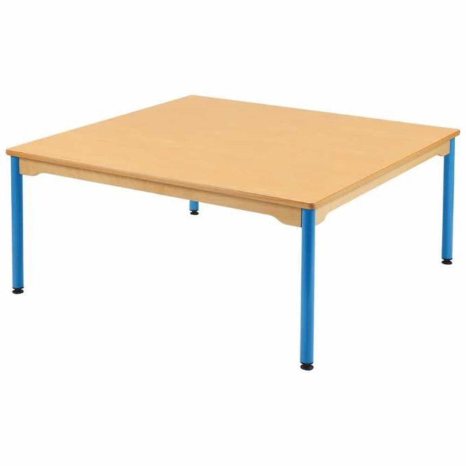 Tisch quadratisch 120x120 cm - mit beschichteter Tischplatte mit Beinen aus Metall 1