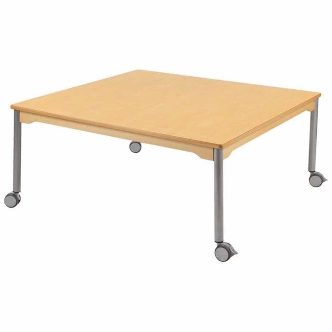 Tisch quadratisch 120x120 cm - mit beschichteter Tischplatte mit Beinen aus grauem Metall und Rollrädern 1