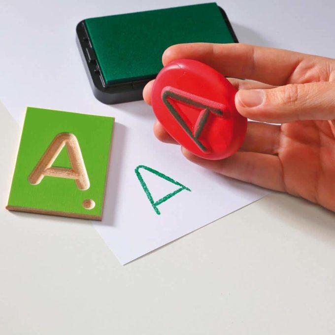 Erzi Lernspiel Großbuchstaben 7