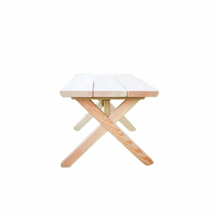 Kindergarten-Tisch aus Douglasien-Holz - montiert 1
