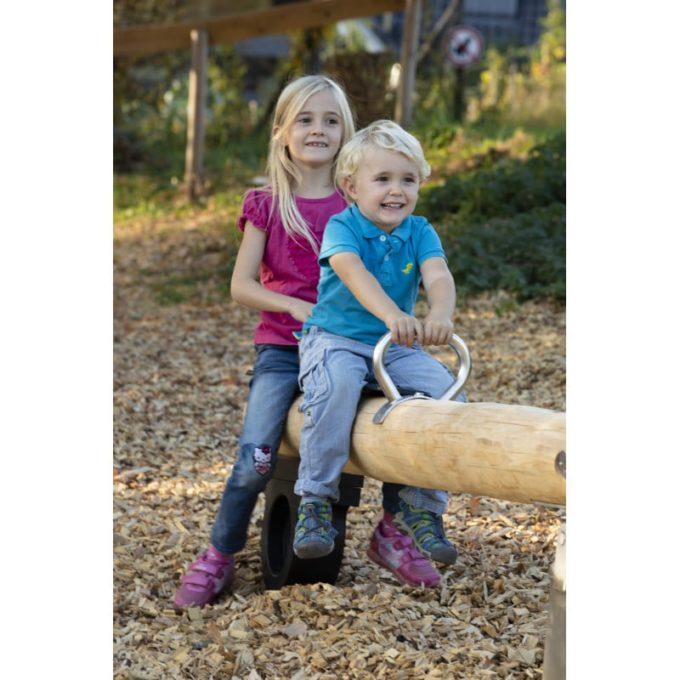 Wippe aus Robinien-Holz - für 2 oder 4 Kinder 2