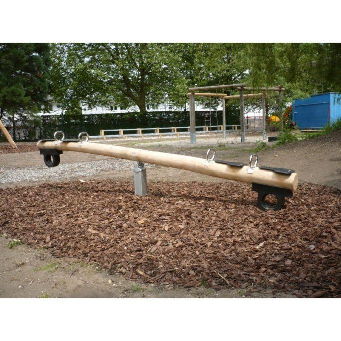 Wippe aus Robinien-Holz - für 2 oder 4 Kinder 8