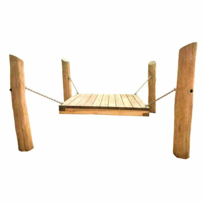 Wackelpodest aus Robinien-Holz 1