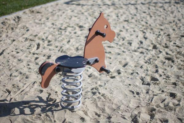 Lars Laj Federwippe Pony 7