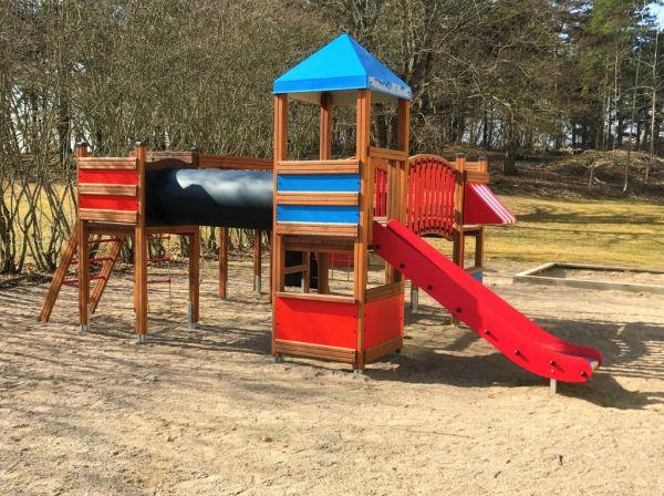 Lars Laj Spielplatzanlage Tarzan Festung 6