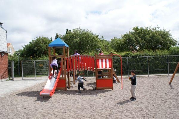 Lars Laj Spielplatzanlage Tarzan Festung 16