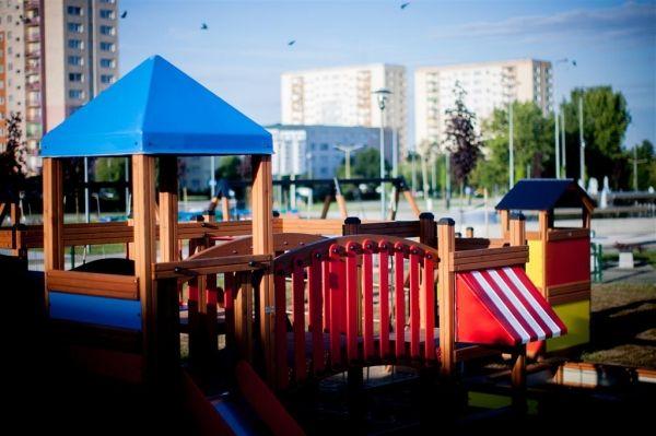 Lars Laj Spielplatzanlage Tarzan Festung 8